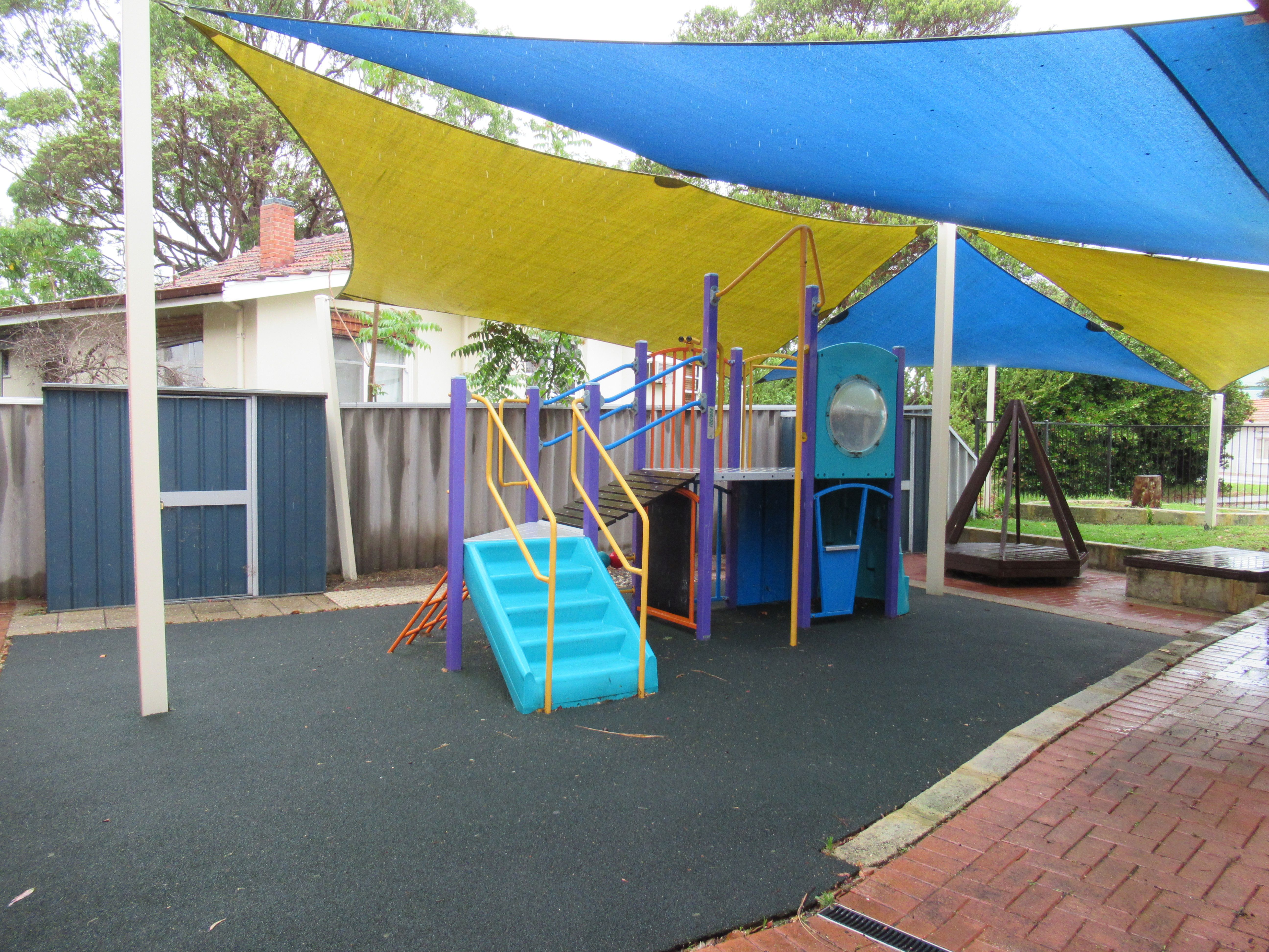 Children's Play Area - 2